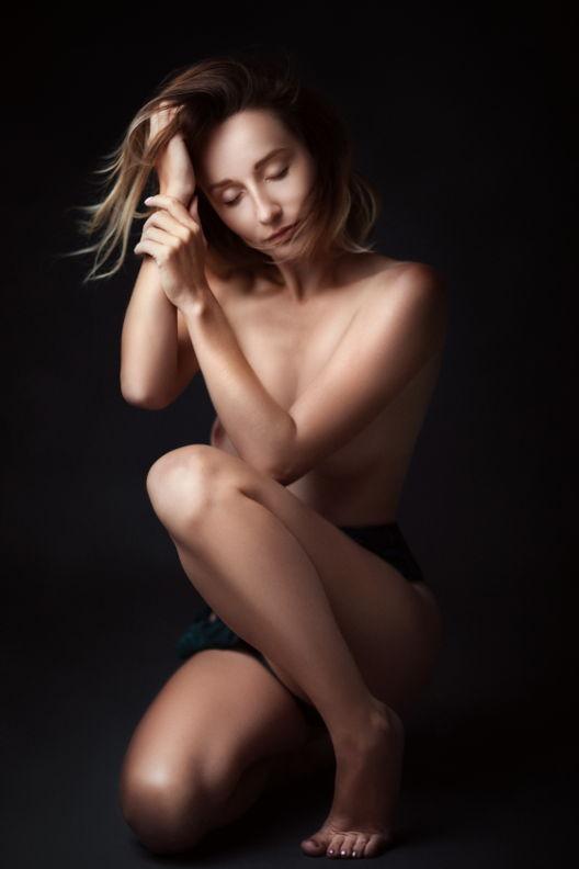 טלי - ויקטוריה מנשירוב - סטודיו לצילום