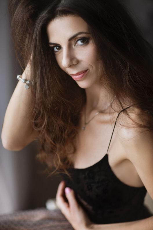 אירינה - ויקטוריה מנשירוב - סטודיו לצילום