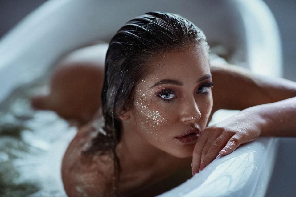 אלכסנדרה - ויקטוריה מנשירוב - סטודיו לצילום