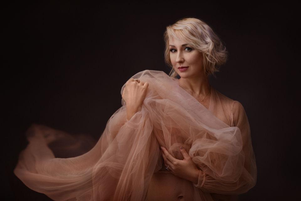 אלנה - ויקטוריה מנשירוב - סטודיו לצילום